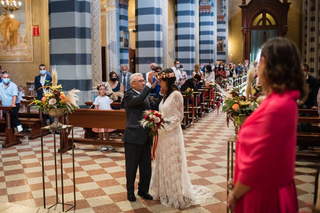 Fotografo matrimonio Brescia Federico Rongaroli wedding reportage Lucia e Roberto abito da sposa fiori matrimonio-23