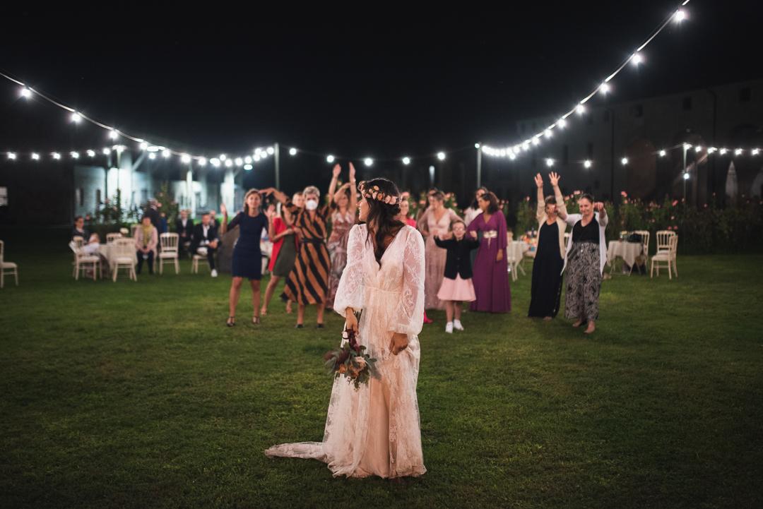 Fotografo matrimonio Brescia Federico Rongaroli wedding reportage Lucia e Roberto abito da sposa fiori matrimonio-89