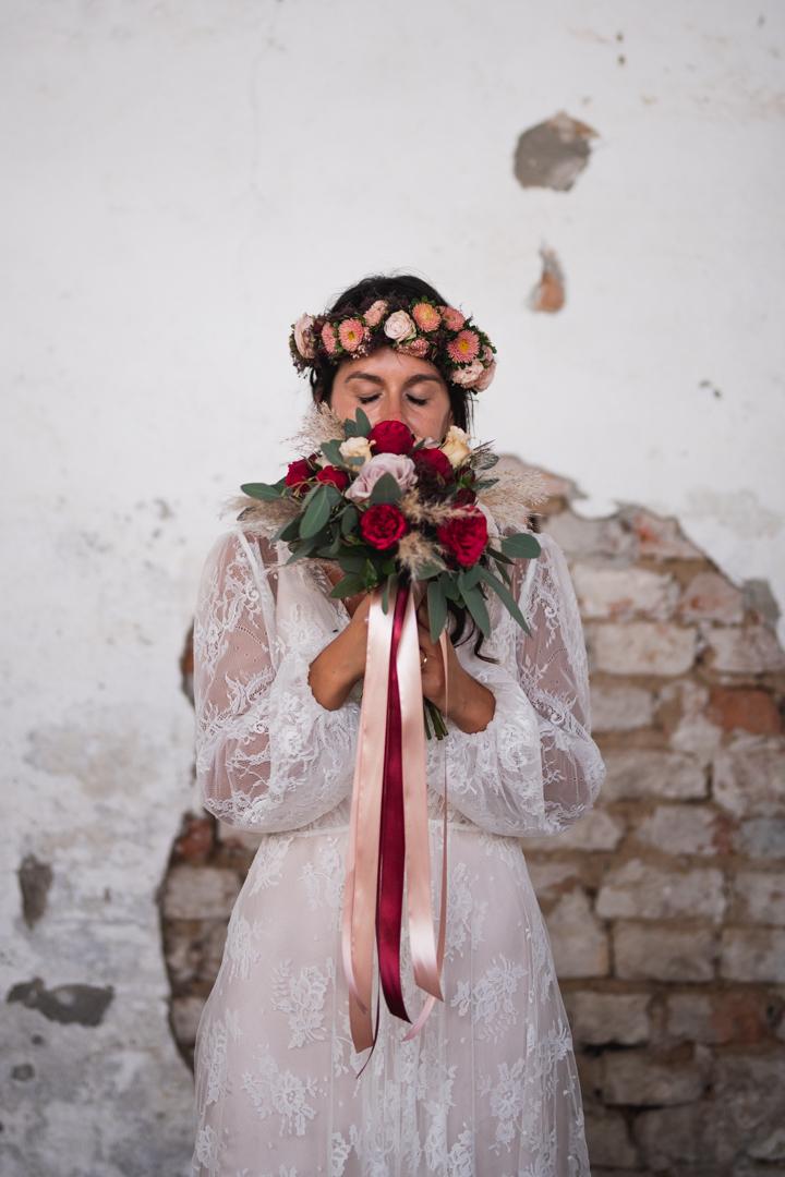 Fotografo matrimonio Brescia Federico Rongaroli wedding reportage Lucia e Roberto abito da sposa fiori matrimonio14